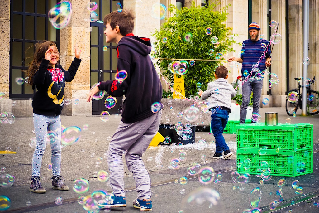 children-activities-summer-camp-bubbles