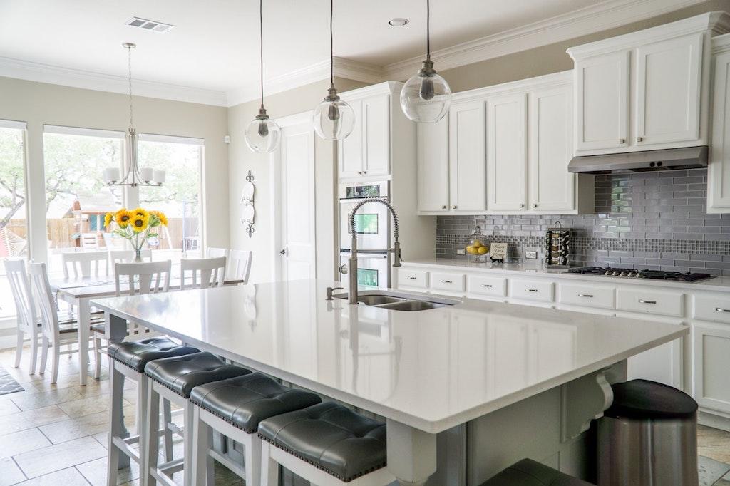 bold kitchen space