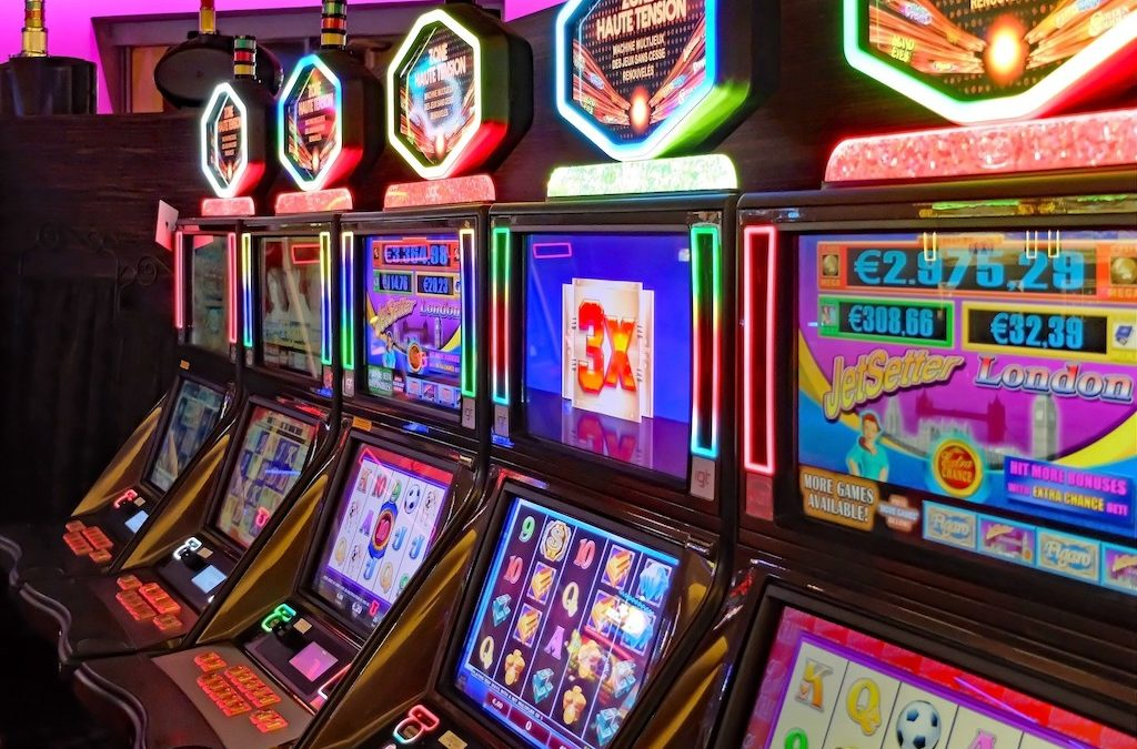 How to Win at Slot Machines: 7 Tips You Must Remember