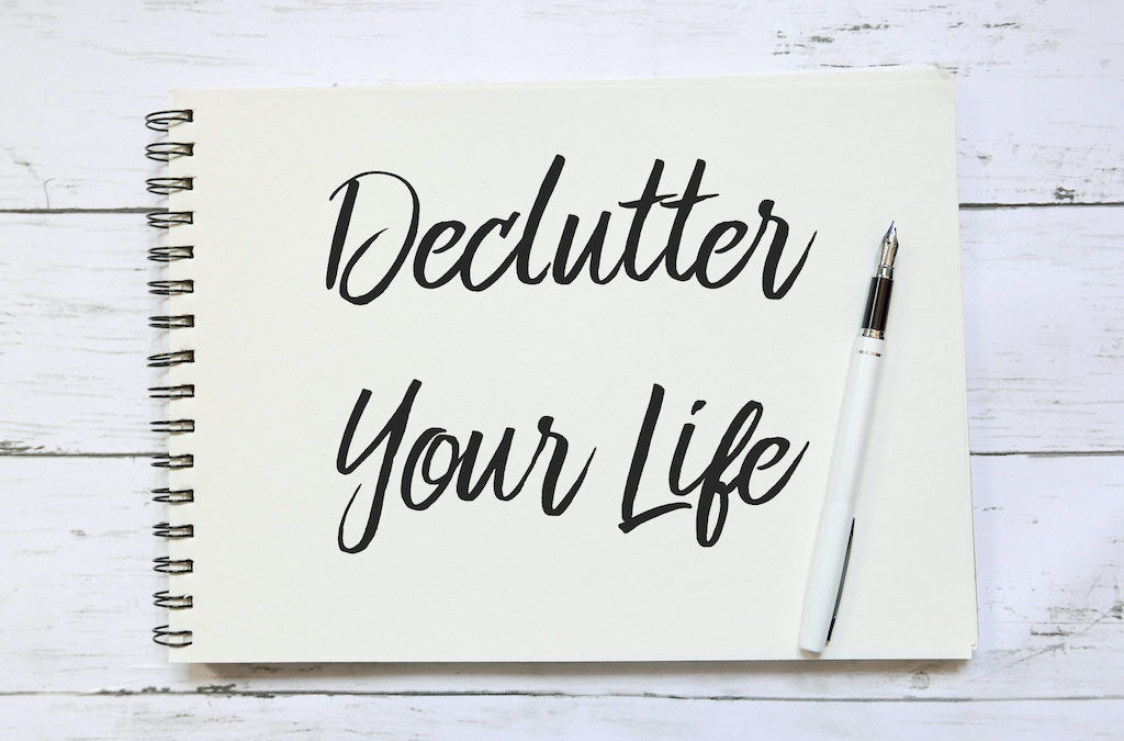 Decluttering Your Life: How to Get Rid of Junk
