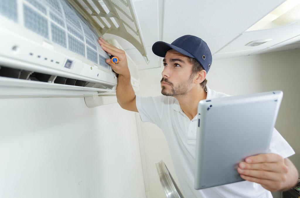 Top 7 Factors to Consider When Picking HVAC Contractors