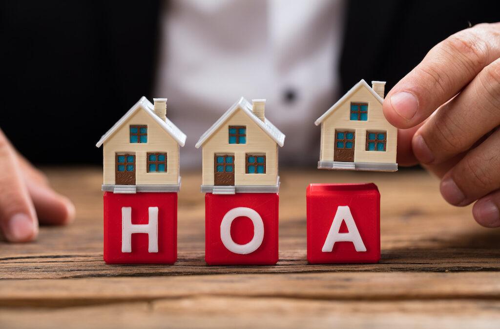 Should I Hire a HOA Property Manager?