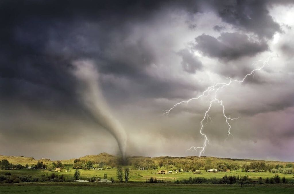 Fighting for Claims: 3 Reasons to Hire a Tornado Insurance Lawyer
