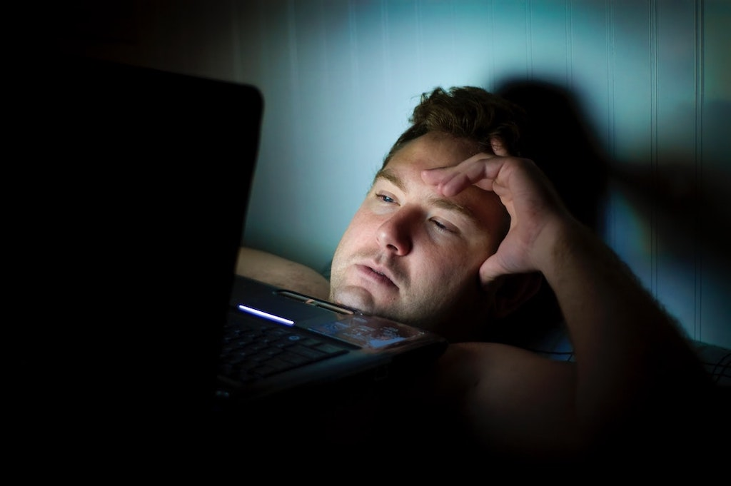 Can't Sleep? Here's How to Deal with Insomnia Without Pills