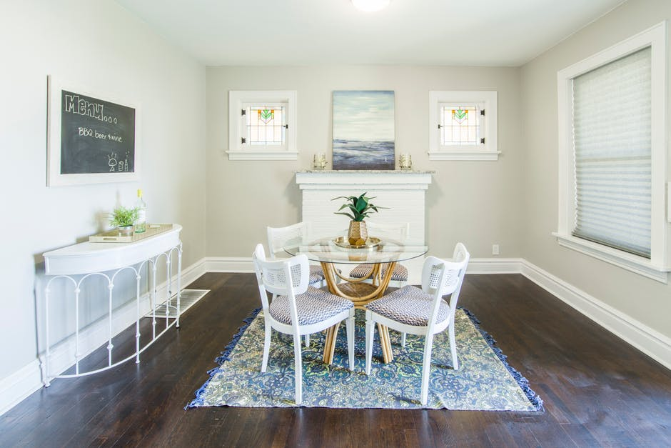 8 Smart Tips for Staging Your Home to Attract Buyers