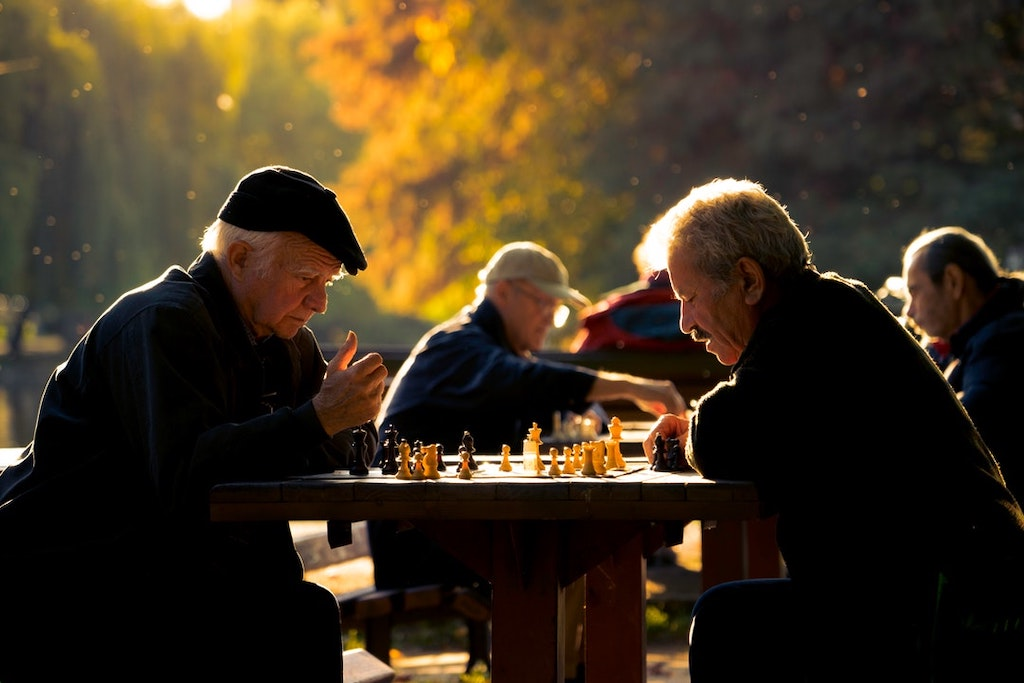 9 Reasons Assisted Living Supports Healthier and Happier Seniors