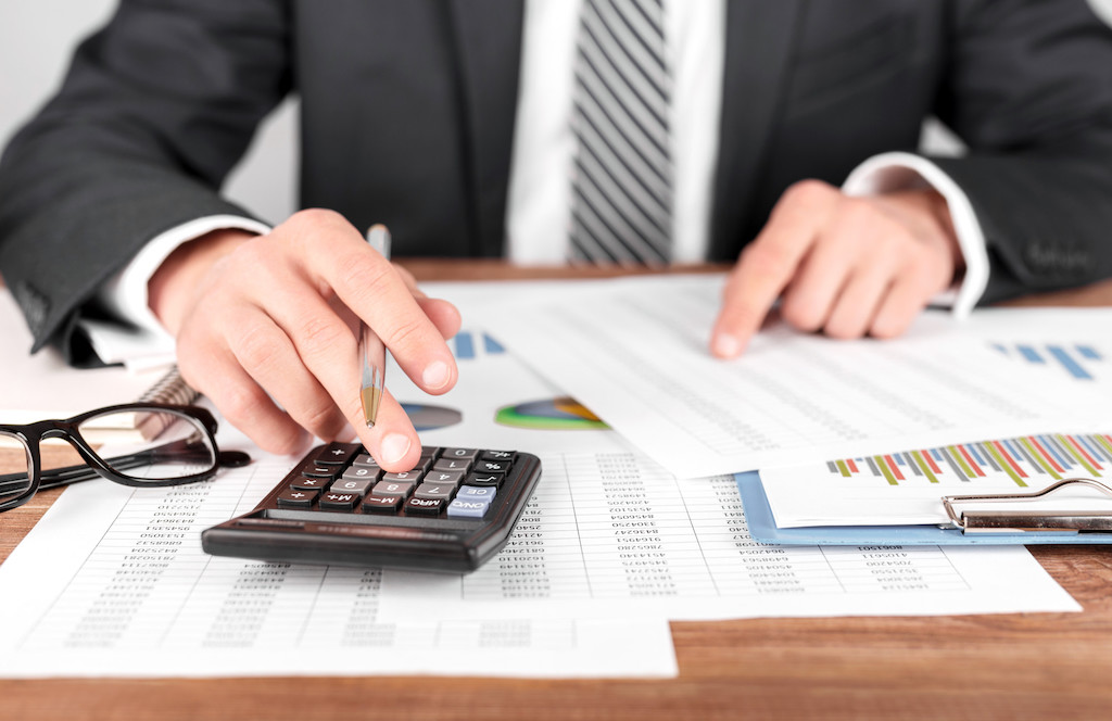 Master Your Company's Finances: 5 Must-Have Accounting Tools for Small Businesses