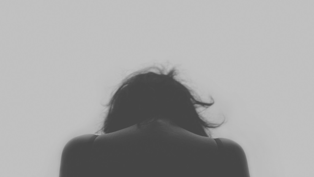 5 Tips for Overcoming the Pain of Loss After Losing a Loved One