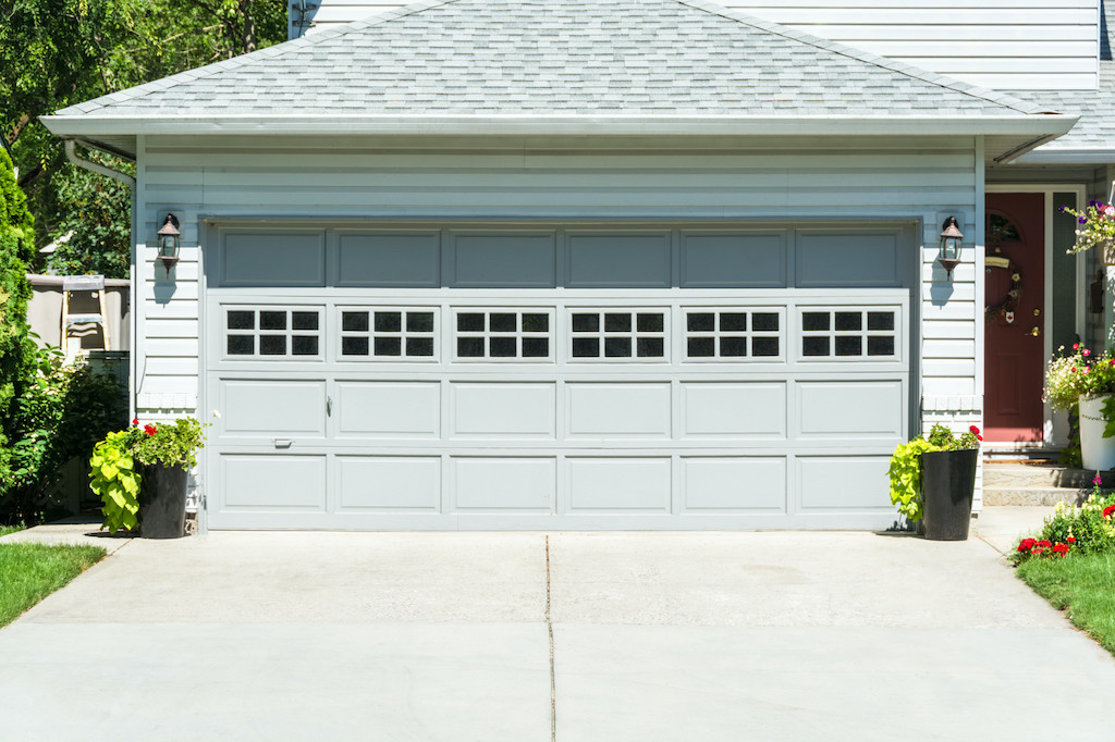 How to Choose the Best Garage Door for Your House