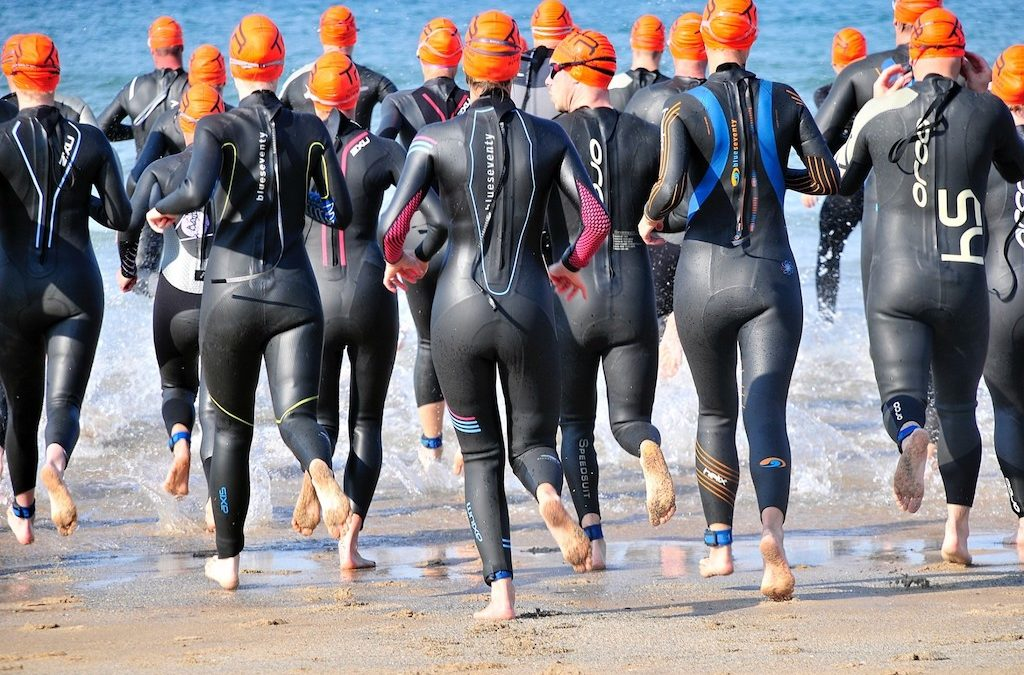 Should You Wear a Tri Suit or Wetsuit for a Triathlon?
