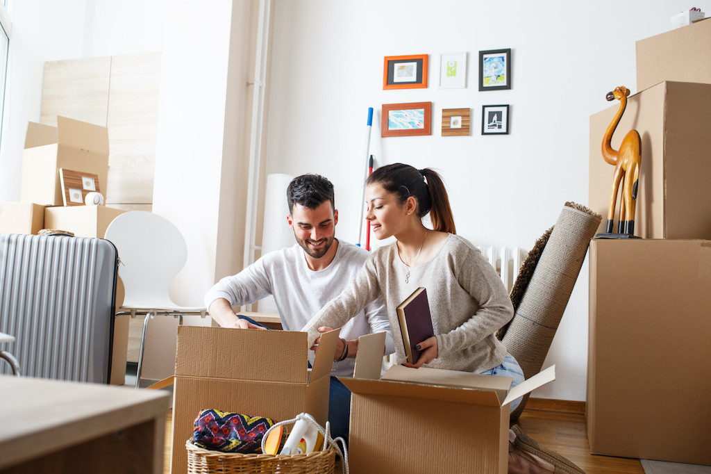 Moving Across State Lines: 5 Must-Know Tips for moving Your Family Out of State