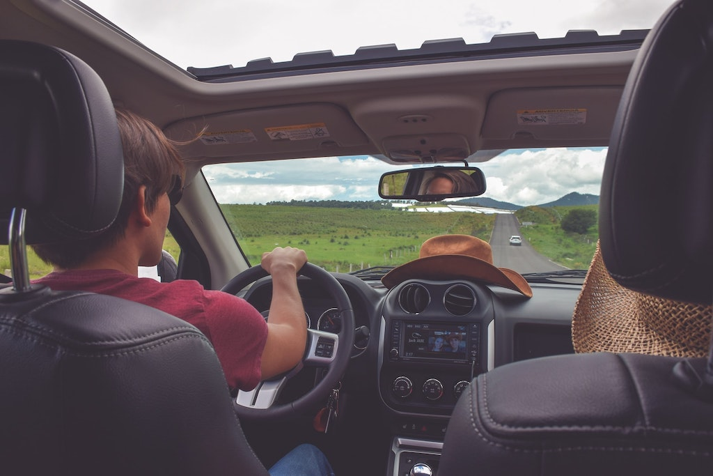 Going on a road trip? 4 things you should plan and organize