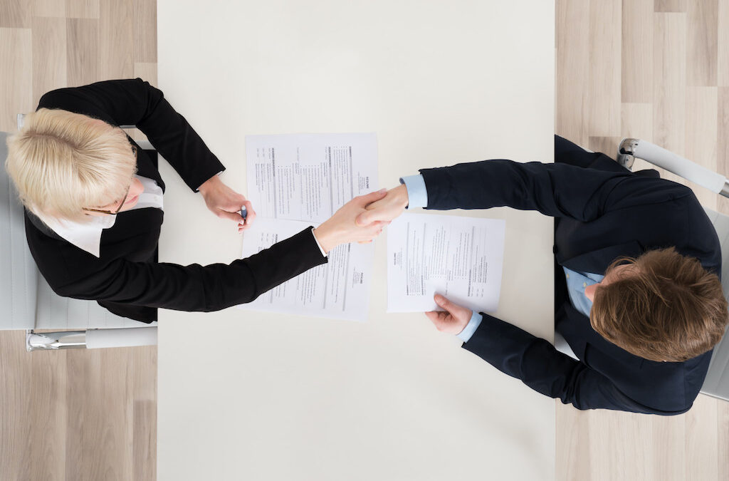 1099 vs W2 Employees: The Key Differences Explained