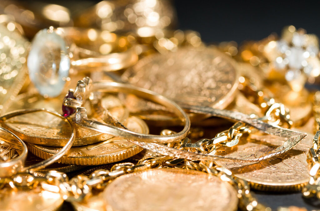 What Changes the Price of Gold and What To Expect in 2021