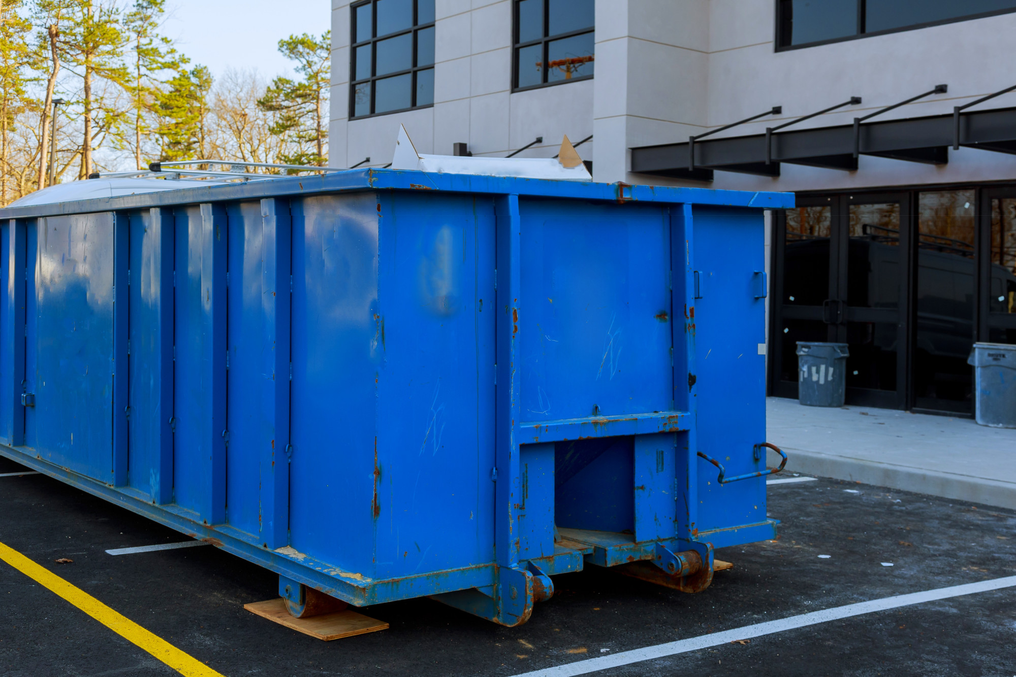 How Much Does It Typically Cost to Rent a Dumpster?
