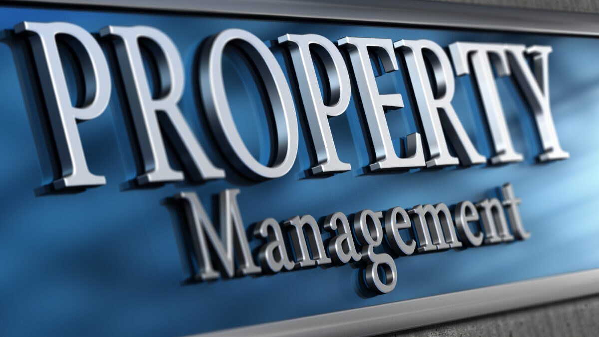 How to Become a Property Manager: 6 Tips for Success