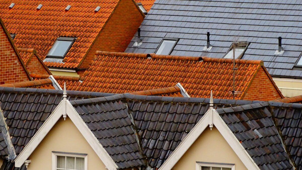 10 Signs It's Time to Get a New Chesapeake Roof
