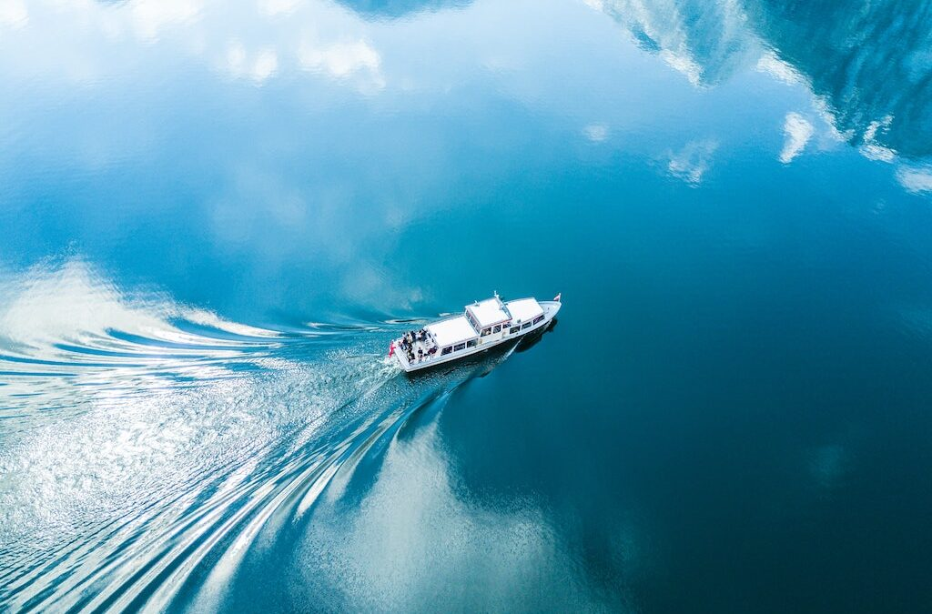 Boats for Beginners: The Top 6 Boat Maintenance Tips