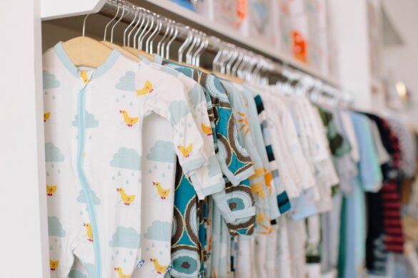 How to Find the Right Baby Clothing for Your Little One
